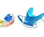 Ортодонтические пластинки для молодых девушек