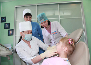 лечение зубов на приёме у варача